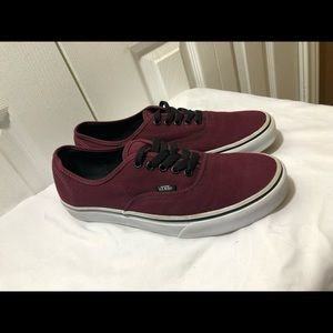 Vans maroon and black skate shoes size 9